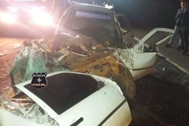 Duas pessoas ficam feridas em grave acidente na BR-282