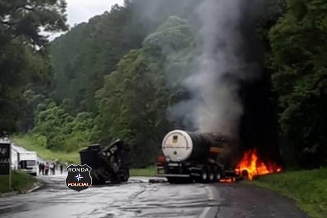 Caminhoneiro do Oeste de SC morre em grave acidente no Paraná