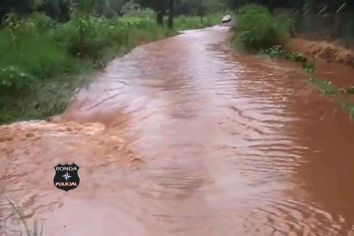 Indignados, moradores de Xanxerê demonstram insatisfação com situação das estradas do interior