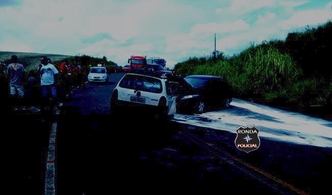 Colisão frontal registrada na SC-480 deixa motorista gravemente ferido