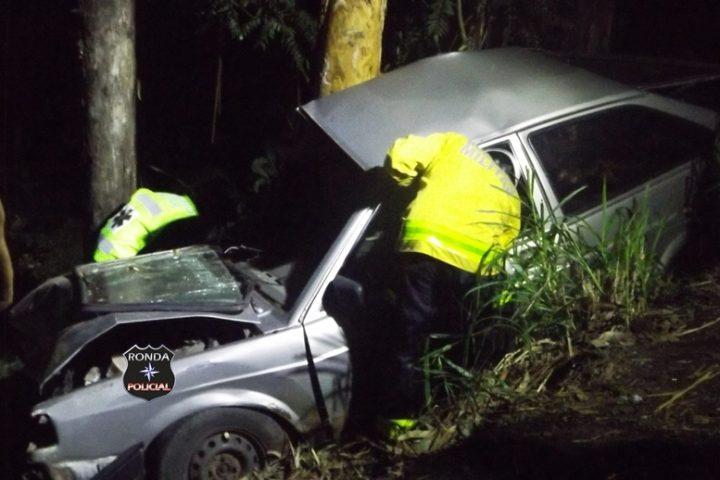 Motorista fica ferido após colidir em árvore a margem da SC-283