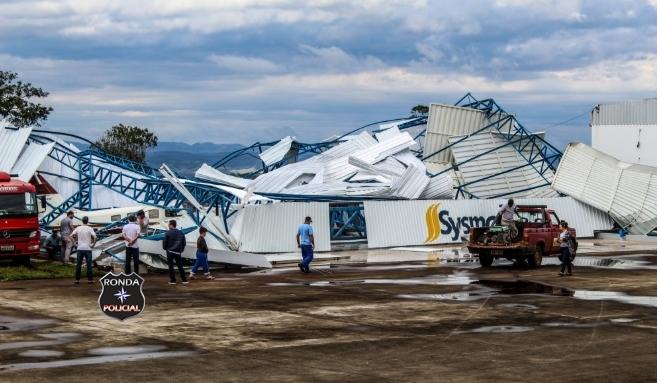 Temporais causam estragos e geram transtornos no Oeste de Santa Catarina