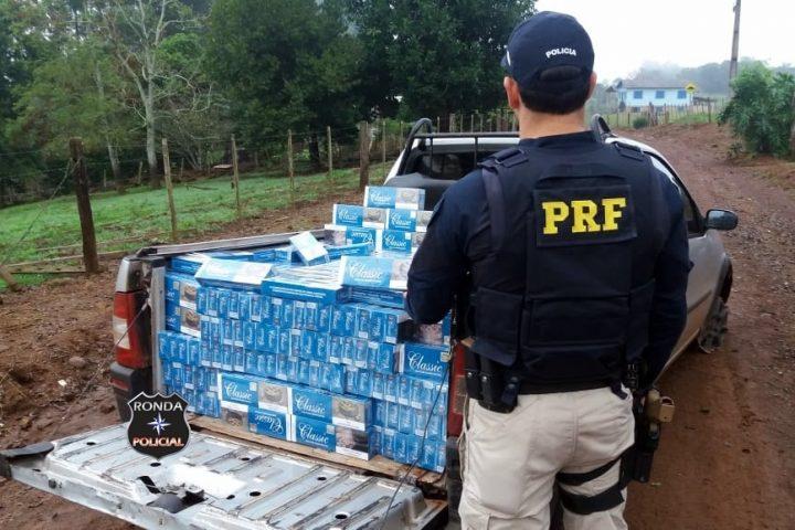 Fotos e vídeo: PRF apreende mais de 12 mil maços de cigarros contrabandeados na BR-282
