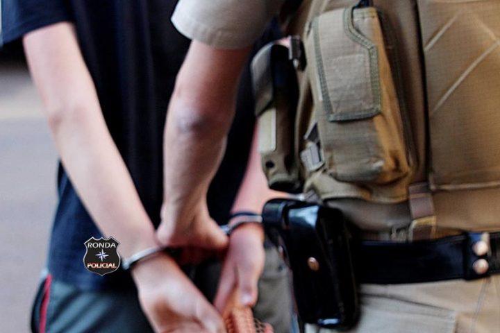Homem é preso suspeito de abusar de adolescente