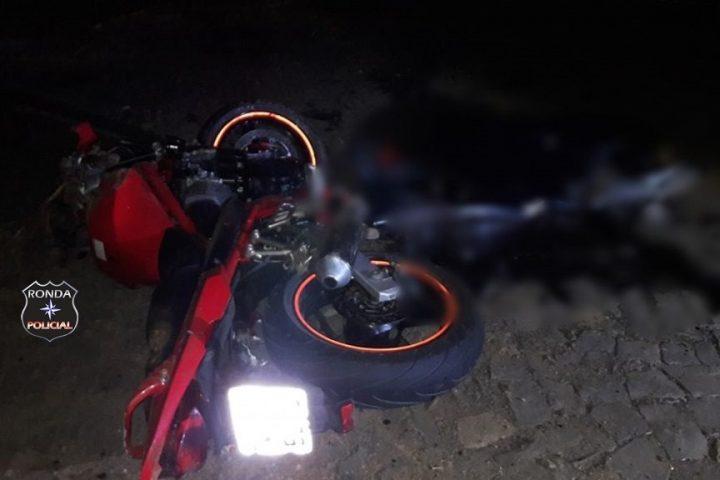 Jovem motociclista morre em grave acidente durante a noite
