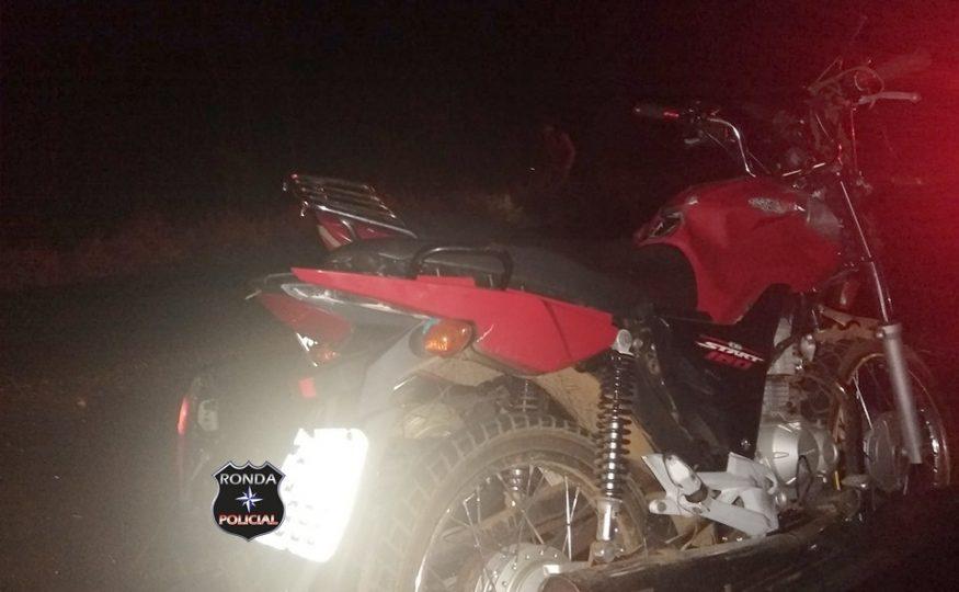 Dois jovens morrem em colisão de duas motocicletas