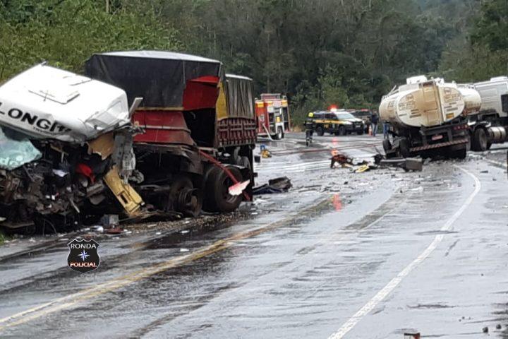 Grave acidente envolvendo caminhão tanque interdita BR-282