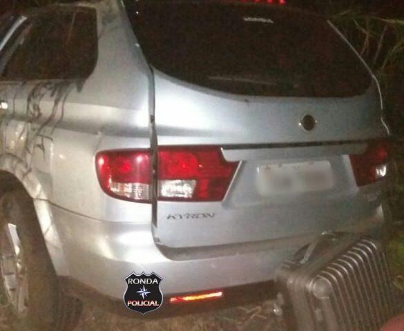 Violenta colisão deixa três pessoas feridas no Oeste do Estado