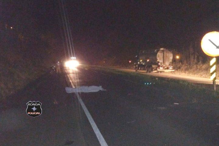 Motociclista morre em grave acidente na BR-282