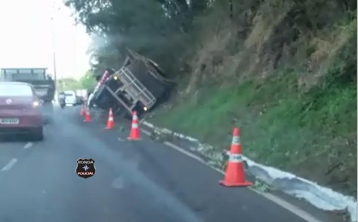 Internauta do RP alerta para acidente na BR-282