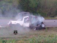 Três pessoas morrem em grave acidente na BR-282