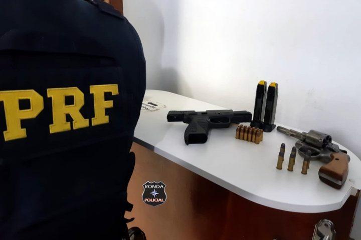 Homem é detido por porte ilegal de arma de fogo