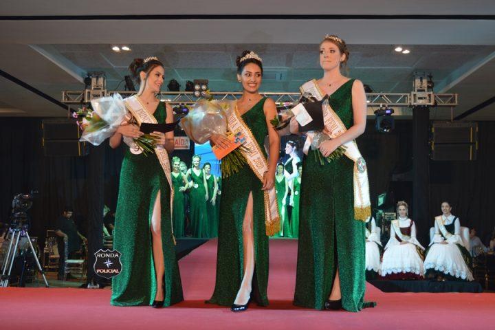 Eloiza, Pâmela e Caroline são eleitas as soberanas da ExpoFemi 2020