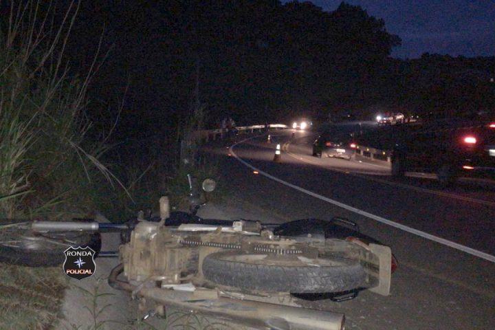 Jovem morre em grave acidente de moto no início da noite