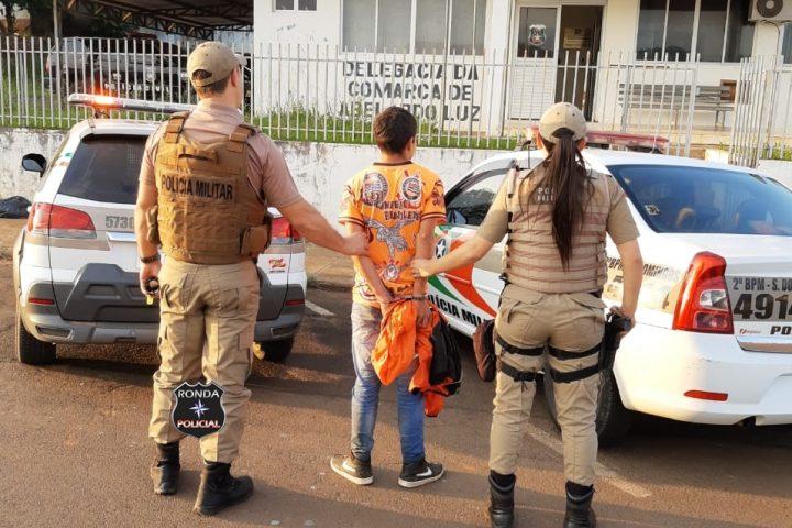 Jovem acaba preso em flagrante após furtar Kombi durante a madrugada