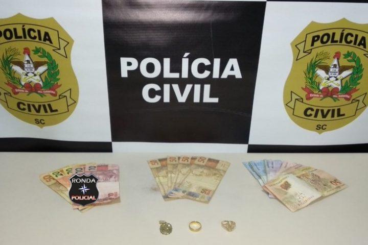 Polícia prende quadrilha que assaltava residências