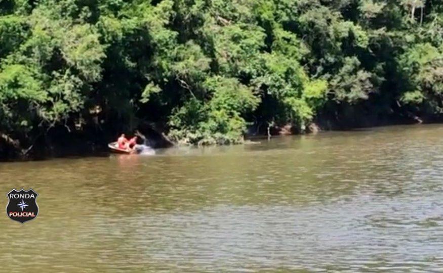 Jovem morre afogado ao tentar atravessar rio a nado
