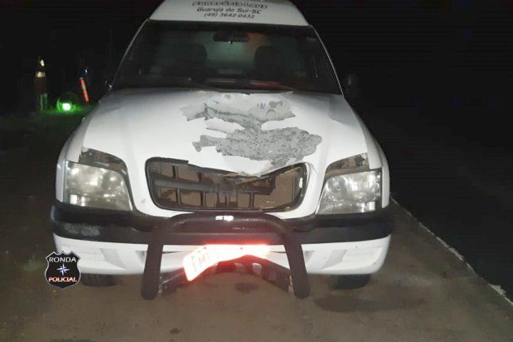 Mulher morre atropelada por camionete na BR-282