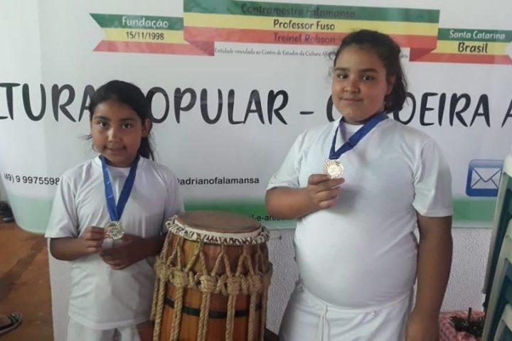 Alunos de Capoeira de Bom Jesus conquistam premiação em festival