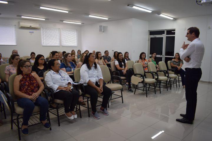 Secretaria de Assistência Social realiza I Seminário de Acolhimento Familiar