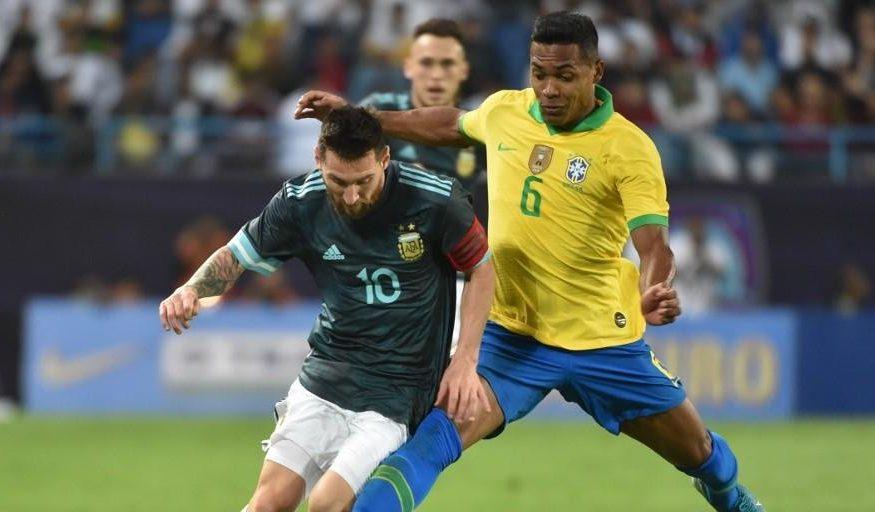 Messi marca e Brasil é derrotado pela Argentina em amistoso
