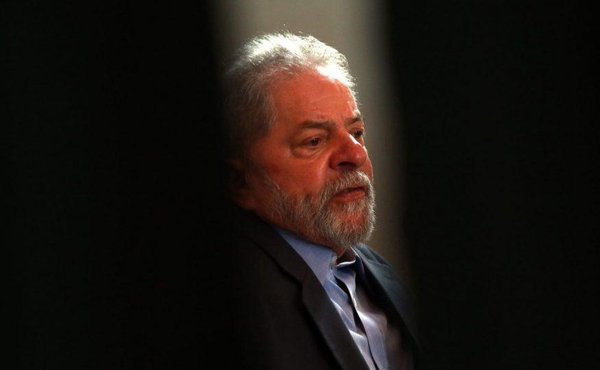 Defesas de Lula e de José Dirceu pedem para que eles deixem a prisão após decisão do STF