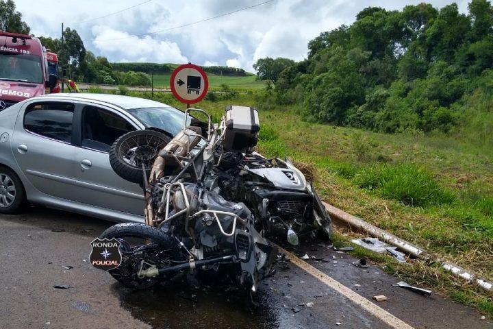 Motociclista sofre fratura exposta em grave acidente na tarde deste sábado