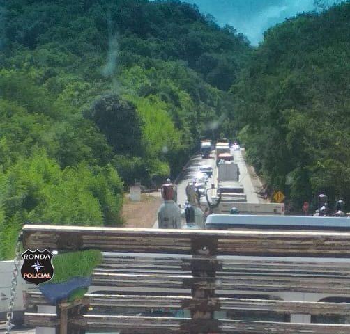 Obras na BR 282 deixam trânsito lento