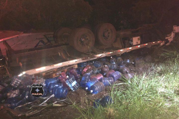 Caminhoneiro do Oeste morre em capotamento de caminhão no Sudoeste do Paraná