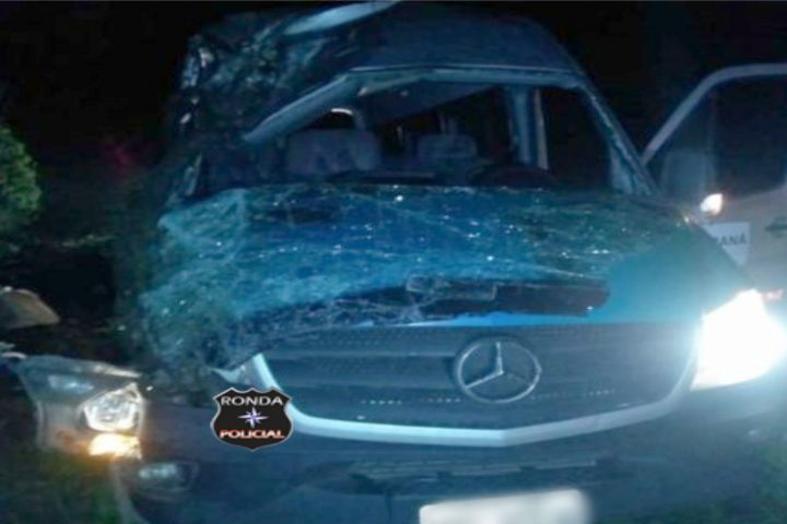 Motorista da saúde dorme na direção e provoca grave acidente resultando em uma morte e 17 feridos