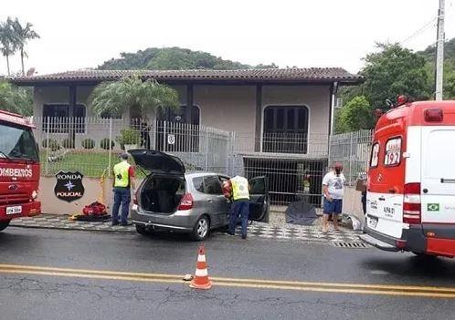 Idosa morre após ser atropelada por motorista