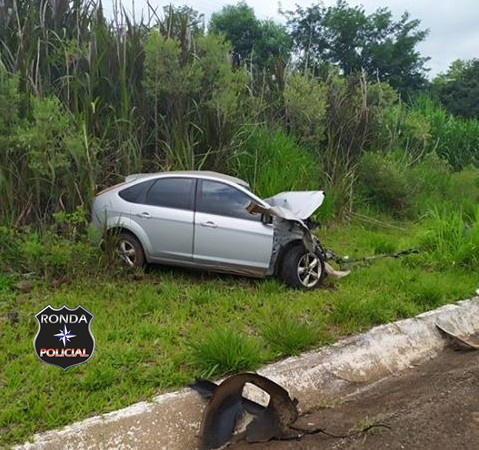 Mulher morre em colisão frontal na BR 282