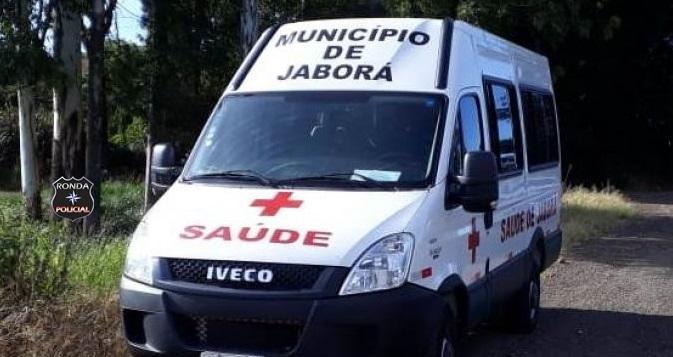 Ambulância de Secretaria de Saúde se envolve em acidente