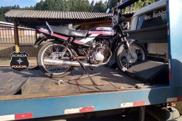 Homem é preso com motocicleta furtada