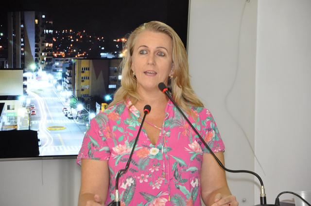 Secretária de Saúde destaca empenho para manter Clínica Renal em Xanxerê