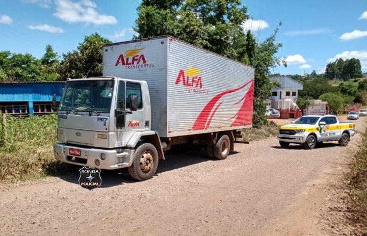 Polícia Rodoviária Estadual recupera em Ipuaçu caminhão que havia sido furtado durante a madrugada em Chapecó
