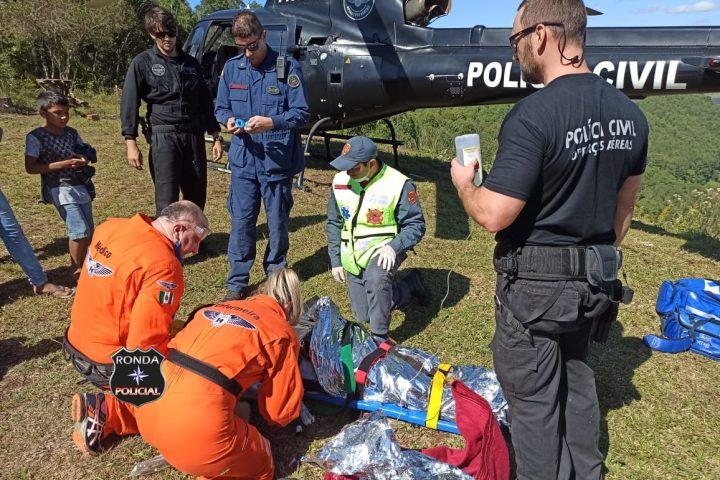 Homem sofre graves ferimentos ao cair de mais de 30 metros de parapente em meio a mata fechada em comunidade rural