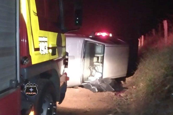 Motorista morre em capotamento de camionete no interior de Marema