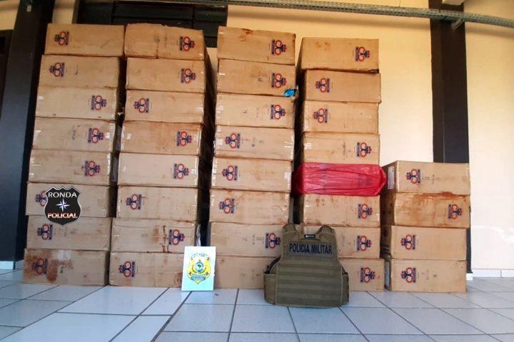 PRF e PM apreendem 21 mil carteiras de cigarros contrabandeados