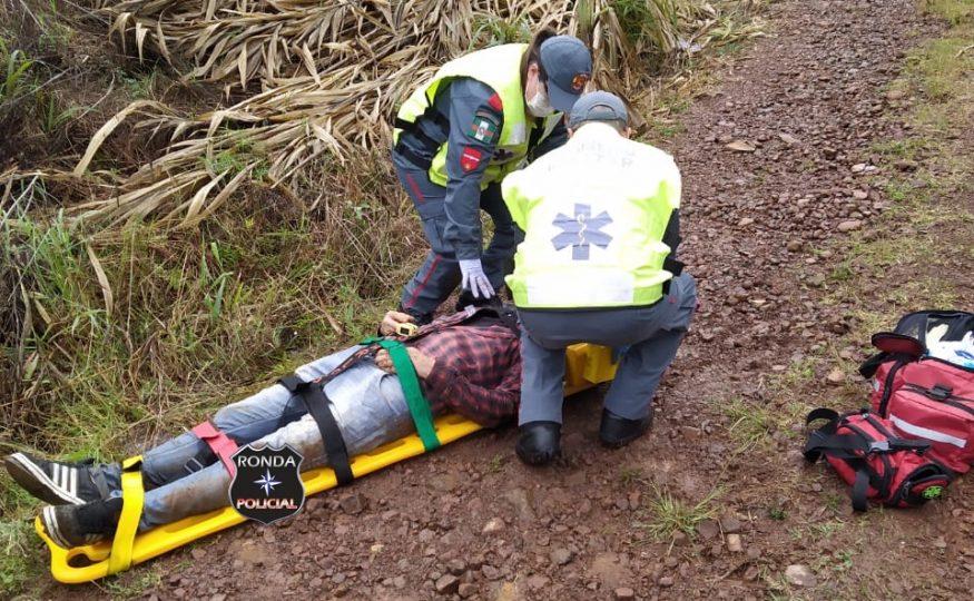 Motociclista fica ferido ao sofrer queda com moto furtada em comunidade rural