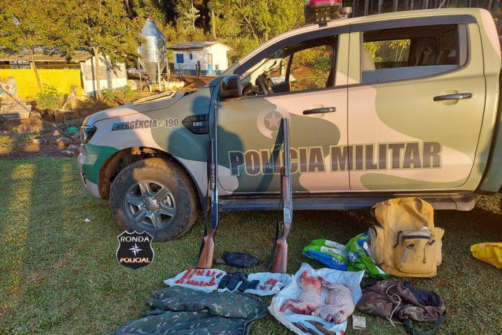 Caçadores são presos em flagrante pela Polícia Militar Ambiental e armas são apreendidas