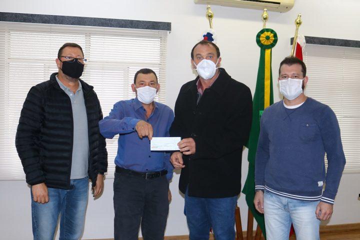 Administração de Passos Maia recebe R$ 10 mil do Legislativo para testes da Covid-19