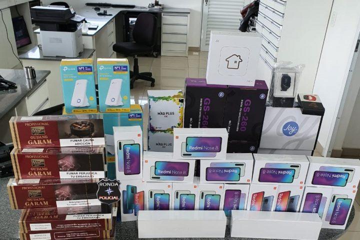 PRF apreende carregamento de produtos eletrônicos e cigarros no Oeste