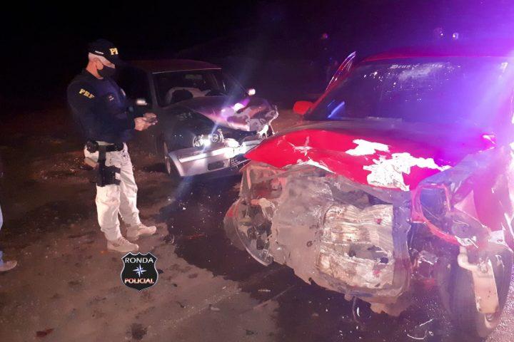 Colisão frontal deixa trânsito lento e uma pessoa ferida na 282 em Xaxim