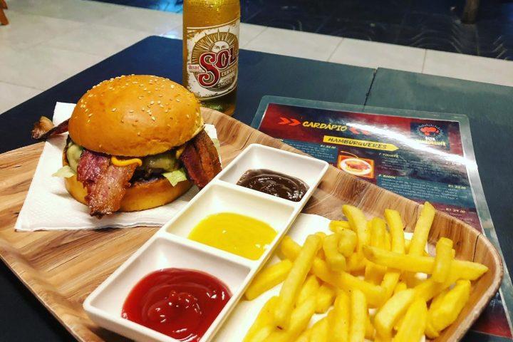 O melhor burguer gourmet espera por você no Disk Hambúrguer de Xanxerê – Agora sob nova direção