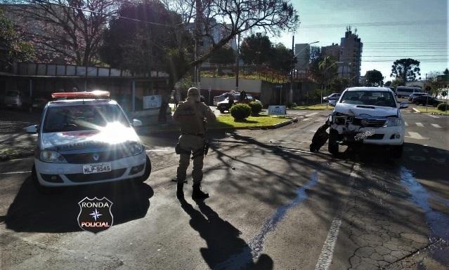 Polícia Militar é acionada para atender acidente entre dois veículos no Oeste