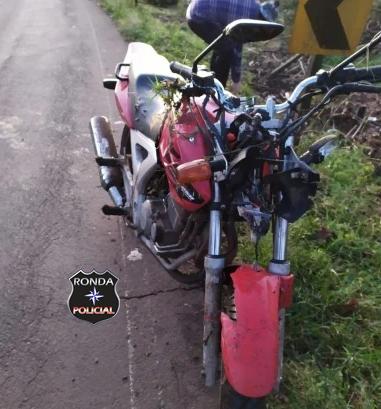 Motociclista tem ferimentos graves após saída de pista na SC-283