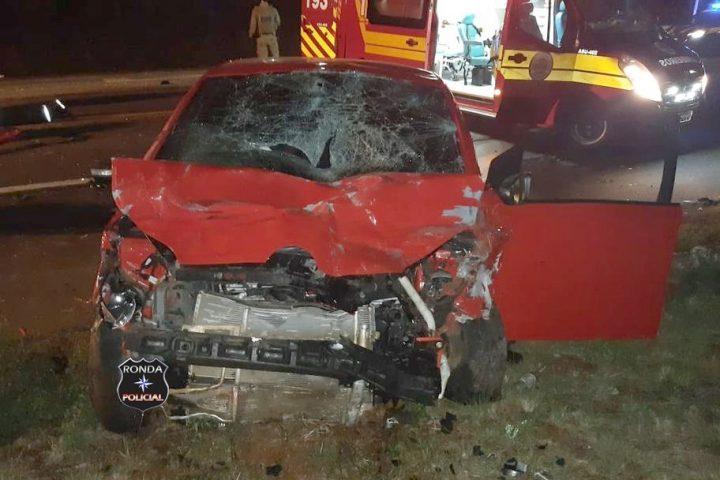 Duas pessoas morrem e cinco ficam feridas em grave acidente registrado durante a madrugada deste domingo