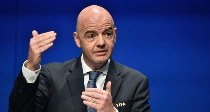 Fifa aprova plano de R$ 7,7 bilhões para ajudar futebol após pandemia