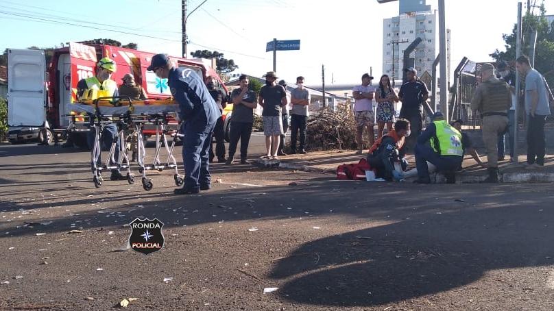 Fotos e vídeo: Violenta colisão resulta em capotamento e deixa uma pessoa ferida em Xanxerê